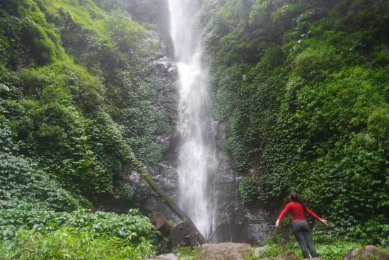 Coban Rais, Tak Hanya Suguhkan Wisata Alam yang Biasa Saja!