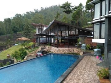 Luxury Harley Villa